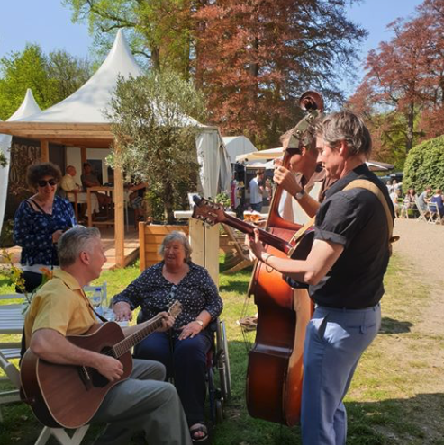 De Gasten vier dagen op de Exclusive Spring Fair in Baarn